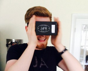 How to Turn Your Smartphone into a VR Headset